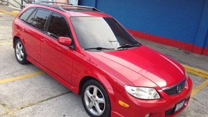 Mazda PR5-2003, automática, motor 2.0, Q26, 200.00 NEGOCIABL