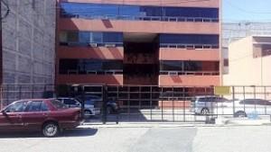 Alquilo bonita oficina en zona 9 Plaza Florencia