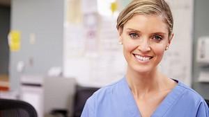 Servicios  de Enfermeras, por Dia, Mes y Turnos